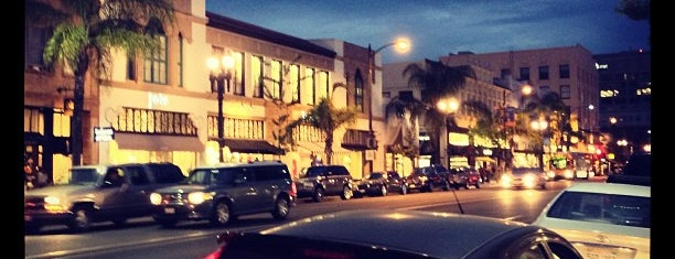 Old Town Pasadena is one of Places I've Been.