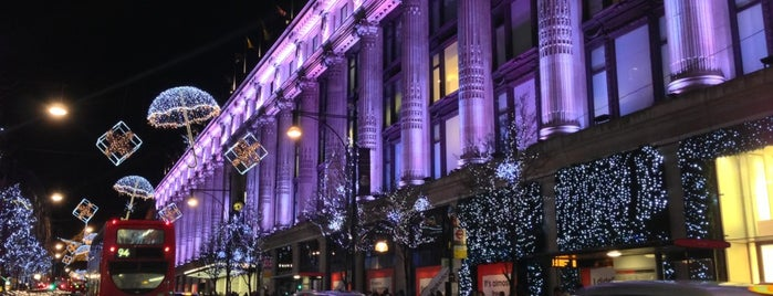 Selfridges & Co is one of London لندن.