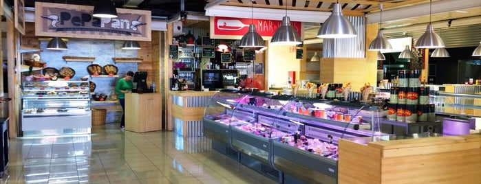 Mercado La Pepa is one of Tenerife: desayunos y meriendas.