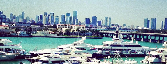 Miami Beach Marina is one of Транспорт.