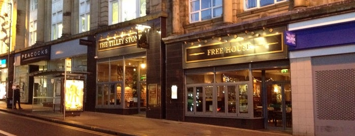 The Tilley Stone (Wetherspoon) is one of Orte, die Carl gefallen.