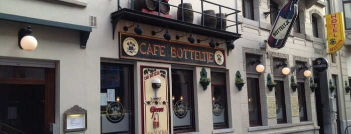 Cafe Botteltje is one of Ostend.