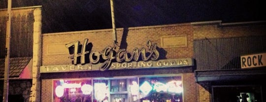 Hogan's Pub is one of Neon/Signs Washington.