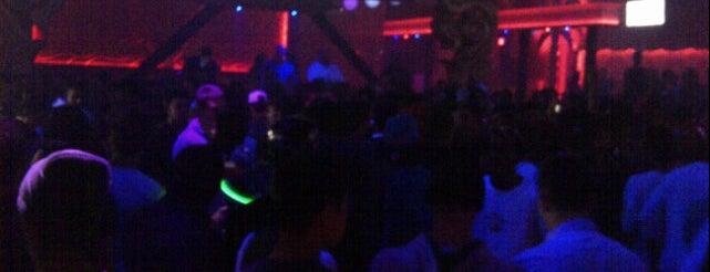 Luxy Nightclub is one of Toronto Places.