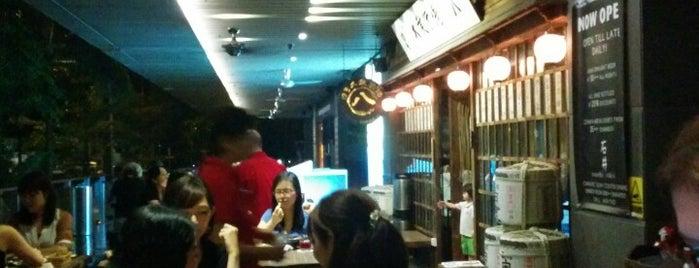 The Public Izakaya is one of Singapore bars.