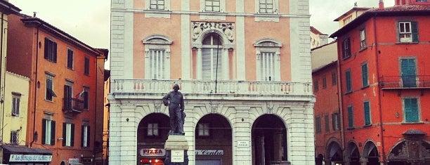 Piazza Garibaldi is one of Pisa.