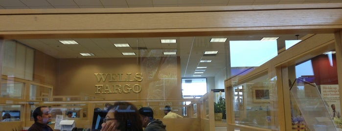 Wells Fargo is one of Lugares favoritos de Lauren.