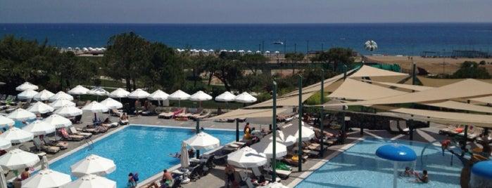 Barut Hotels Sensatori is one of Ahmet'in Beğendiği Mekanlar.