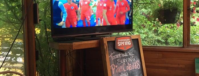 Hummingbird Inn & Pub is one of Vern's Liked Places.