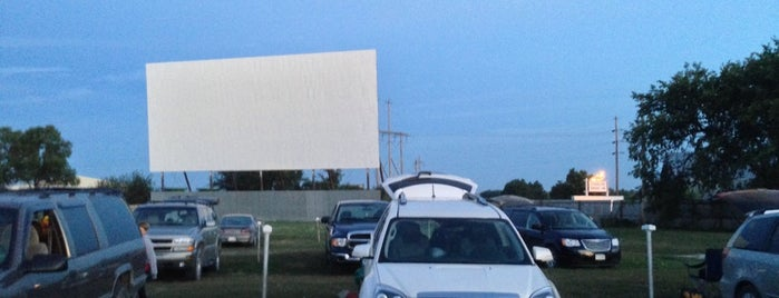 Starlite Drive-in is one of Drive-In Theaters.