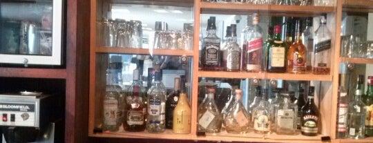 Aerobar Snack & Beer is one of สถานที่ที่ Flor ถูกใจ.