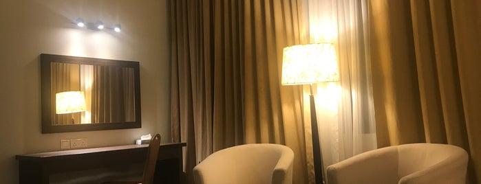 The Regency Waterfront Hotel is one of eyeNa07'ın Beğendiği Mekanlar.