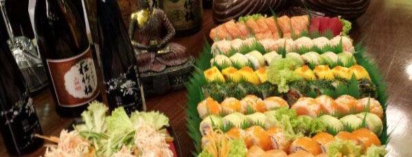 Tokyo Middle East Restaurant is one of fira'nın Beğendiği Mekanlar.