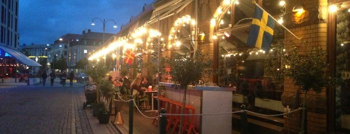 Bee Kök & Bar is one of Lugares favoritos de Elias.