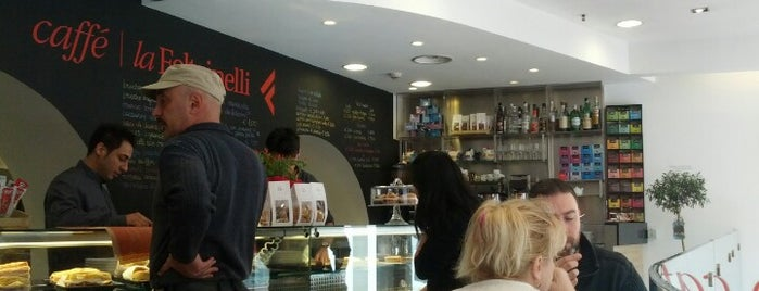 Caffè La Feltrinelli is one of Roma.