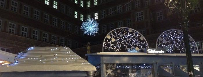 Sternchenmarkt am Stadtbrückchen is one of Locais curtidos por Volker.