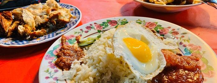 大樹頭 Mamak is one of Kuala Lumpur.