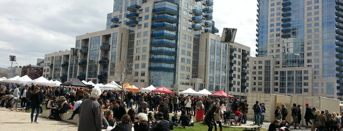 Smorgasburg Williamsburg is one of #NYCmustsee4sq.