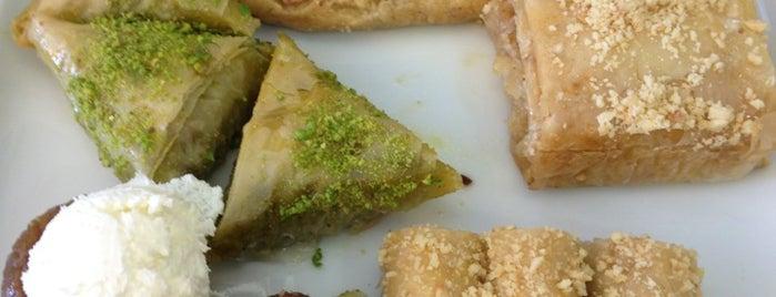Aşçıbaşı Tatlı & Tatlı is one of Istanbul disi.