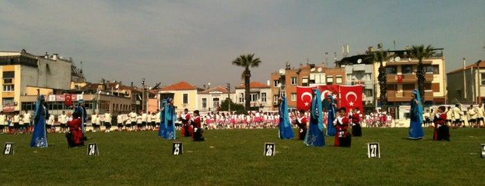 Buca Stadı is one of Lugares favoritos de Cem Yılmaz.