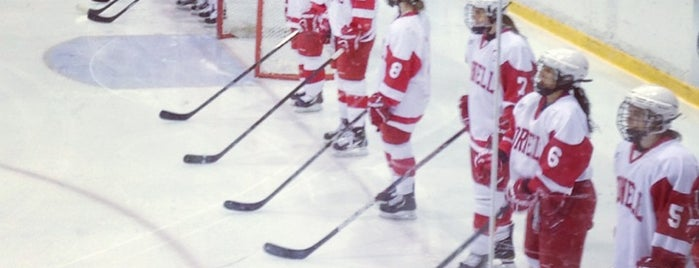 Lynah Rink is one of Lugares favoritos de Andrew.