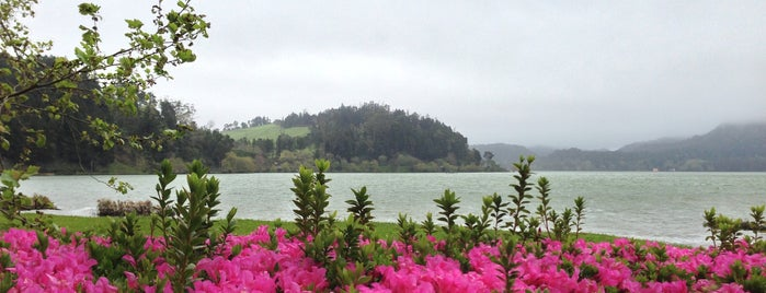 Lagoa das Furnas is one of George's Liked Places.