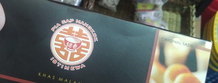 Pia Cap Mangkok is one of Orte, die Chloe gefallen.