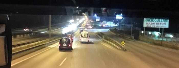 İstanbul-bartın Yolu is one of Lieux qui ont plu à Mesut.