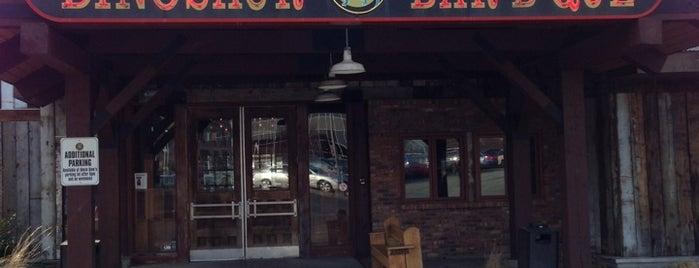 Dinosaur Bar-B-Que is one of สถานที่ที่ Philip ถูกใจ.