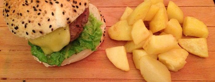 G67: Burger Bistrot & Cocktail Bar is one of Tempat yang Disimpan We Love Veggie Burgers.