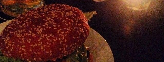 MacLaren's Pub is one of Burger in Berlin.