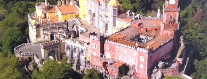 Palácio da Pena is one of Lizbon-Porto.