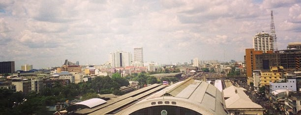 Bangkok Railway Station (SRT1001) is one of Masahiroさんのお気に入りスポット.