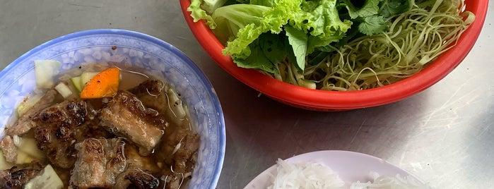 Bún Chả Hồ Gươm - Trần Phú is one of Isabel 님이 좋아한 장소.
