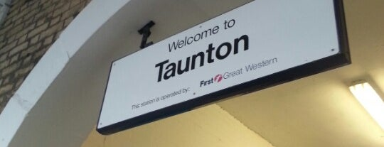 Taunton Railway Station (TAU) is one of Orte, die Marcela gefallen.