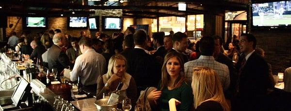 Sweetwater Tavern & Grille is one of Chicago Pedway Bar Crawl.