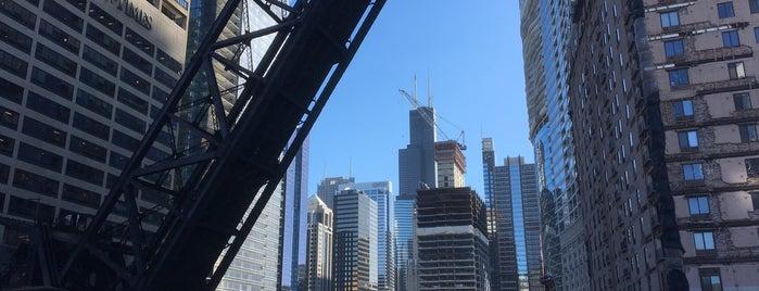 Kinzie Street Bridge is one of Chicago.