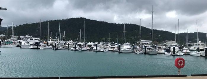 La Marina is one of Australien.