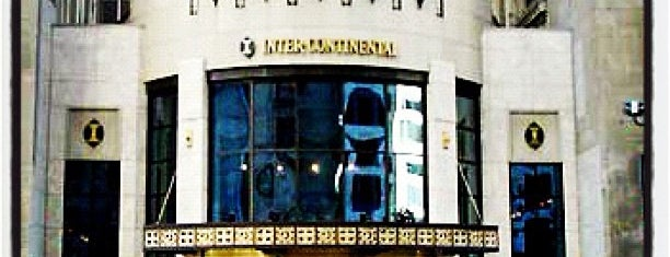 InterContinental Chicago Magnificent Mile is one of Tempat yang Disimpan Lucretia.