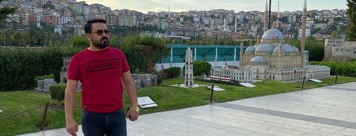 Kristal İstanbul Müzesi is one of İstanbul2.
