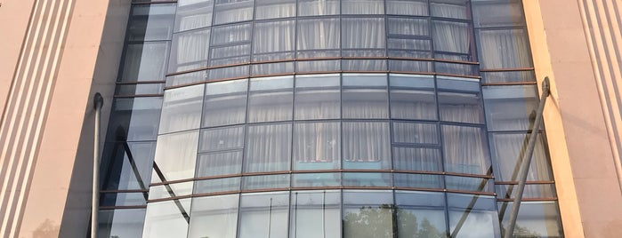 Sofitel Hangzhou Westlake Hotel is one of Michael: сохраненные места.