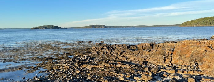Shore Path is one of Bar Harbor.