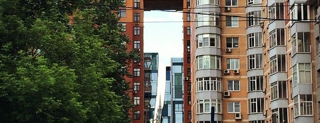 Улица Пресненский Вал is one of Orte, die Ilya gefallen.