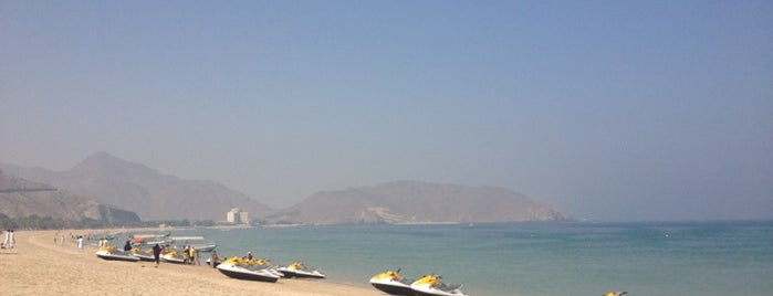 Khorfakkan Beach شاطئ خورفكان is one of Lugares favoritos de Mobarak Ali.