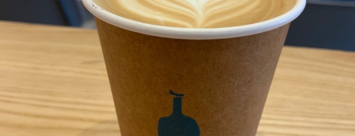 Blue Bottle Coffee is one of Locais curtidos por Andrew.