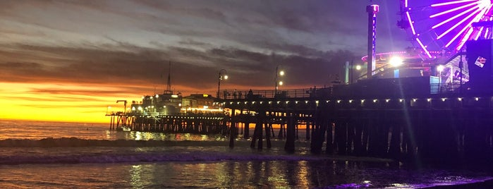 Seaside On The Pier is one of Do: Los Angeles ☑️.