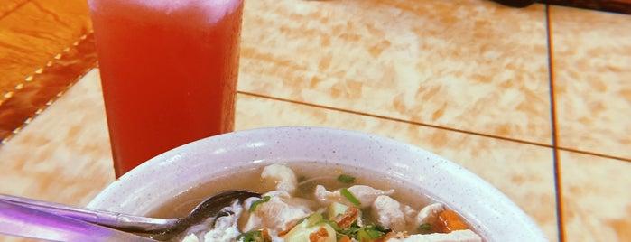 Restoran Nan Di Atas Bukit Tomyam is one of สถานที่ที่ Yatie ถูกใจ.
