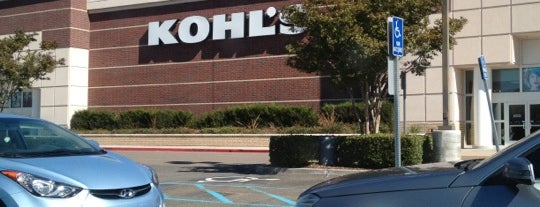 Kohl's is one of Locais curtidos por Kayla.