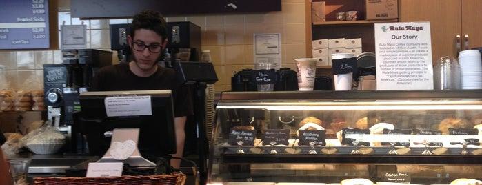 Ruta Maya Coffee is one of Lugares favoritos de Josh.