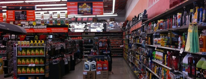 AutoZone is one of Locais curtidos por Jhalyv.